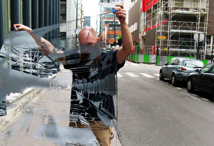 Brooklyn-Street-Art-Logan-Hicks_web72-itinerrance-June2010_3725