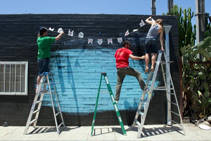 Brooklyn-Street-Art-copyright-Geoff-Hargadon-Stephan-Doitschinoff-installation-on-16th-Ave-and-J-Street-D3S_8614