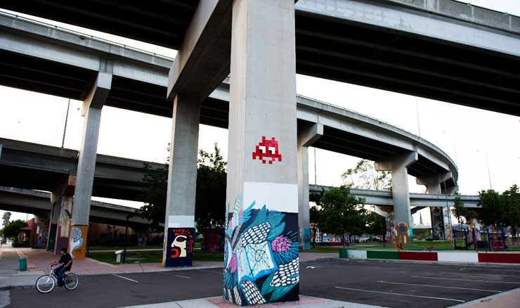 Invader and friends in San Diego (image © Geoff Hargadon)