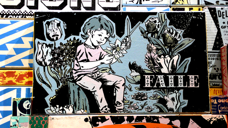 Faile. Detail of Totem sculpture currently at Perry Rubenstein Gallery (Photo © Jaime Rojo)