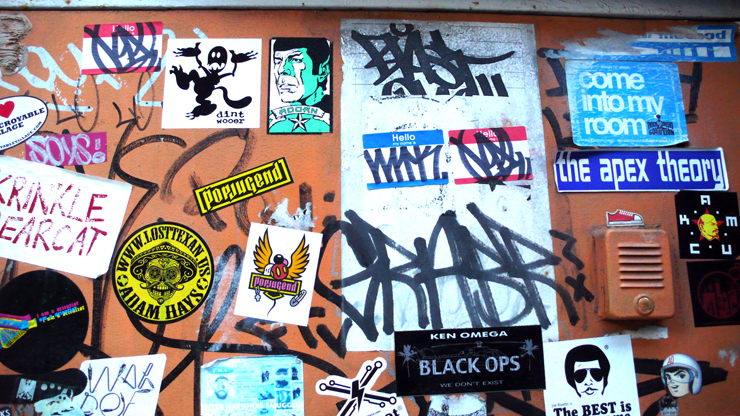 brooklyn-street-art-stickers-jaime-rojo-11-10-web-16