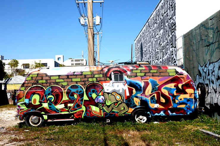 brooklyn-street-art-vintage-RV-miami-2010-primary-flight-jaime-rojo-01-11-3