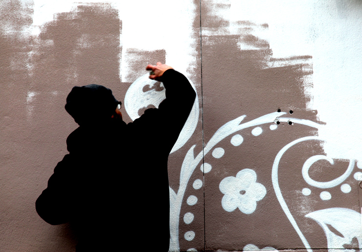 Images Of The Week 02.27.11 - Art Fairs Bring New Street Art to Walls