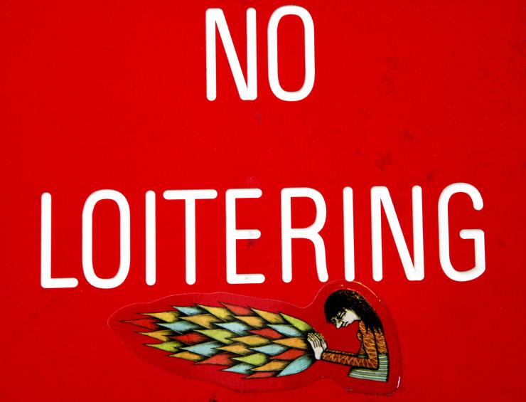 brooklyn-street-art-no-loitering-jaime-rojo-02-11-web