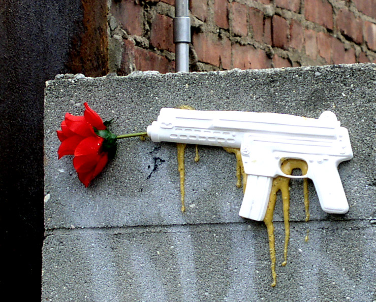 brooklyn-street-art-valentines-waylon-jaime-rojo-02-11-web