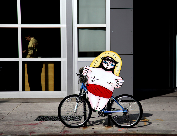 brooklyn-street-art-jesus-bike-jaime-rojo-03-11-web