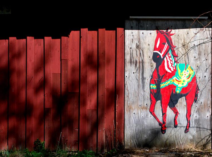 brooklyn-street-art-Shai- Dahan-dala-horse-1-web