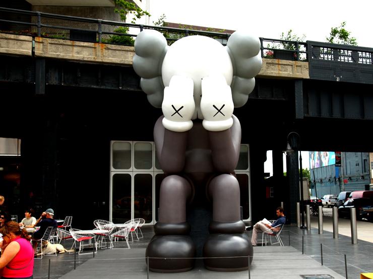 brooklyn-street-art-kaws-jaime-rojo-06-19-web-14