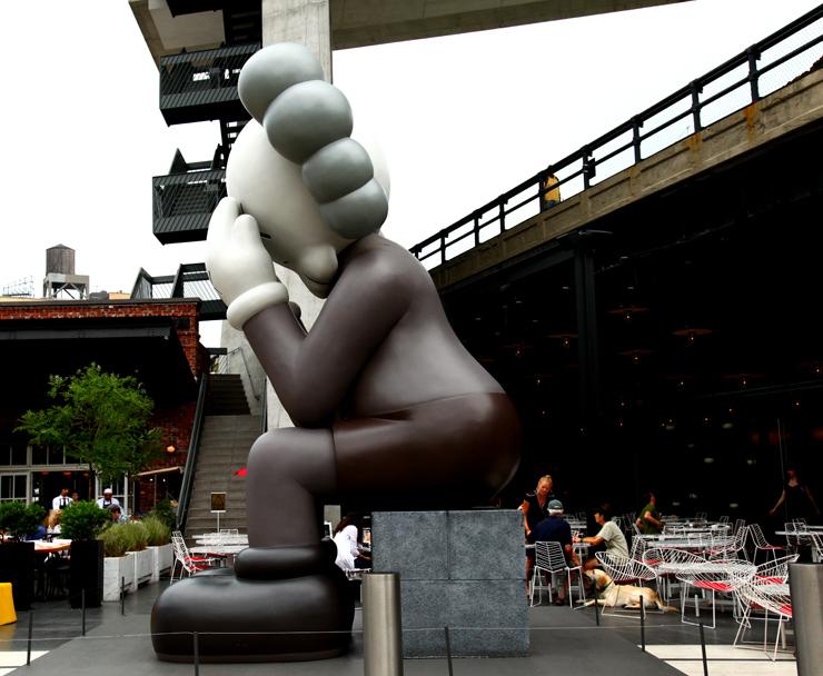 brooklyn-street-art-kaws-jaime-rojo-06-19-web-15