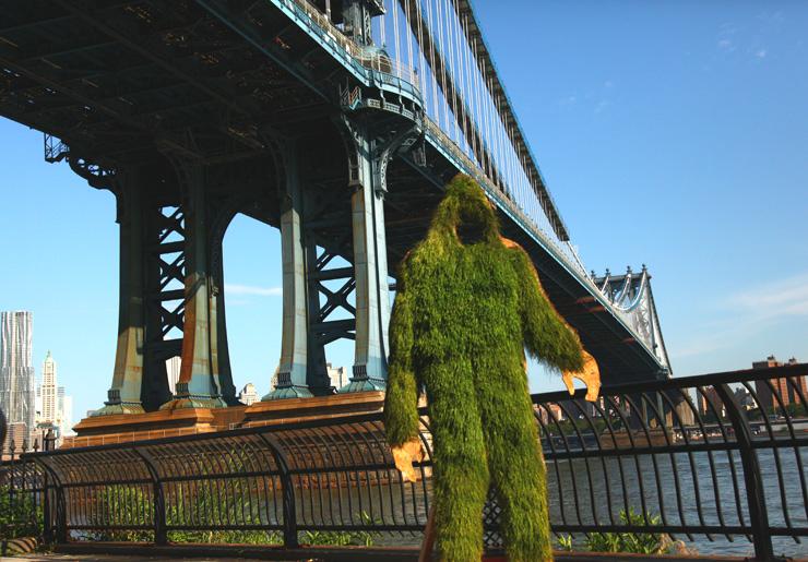 brooklyn-street-art-mosstika-yeti-jaime-rojo-06-19-web-4