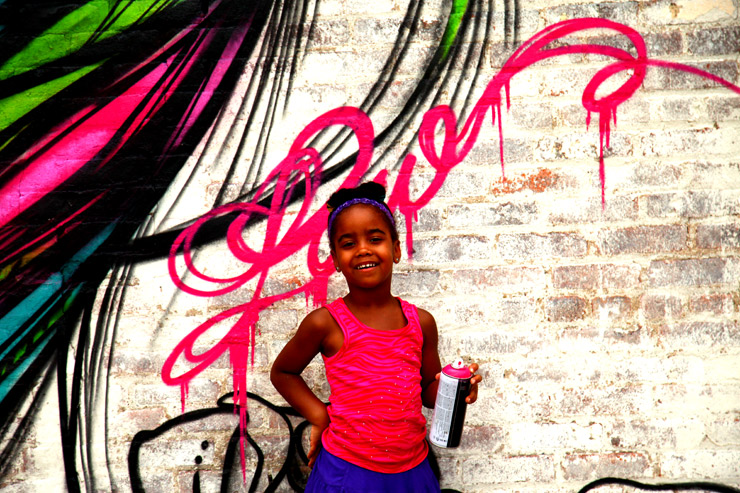brooklyn-street-art-too-fly-jaime-rojo-welling-court-2011-ad-hoc-art-06-11-web-37