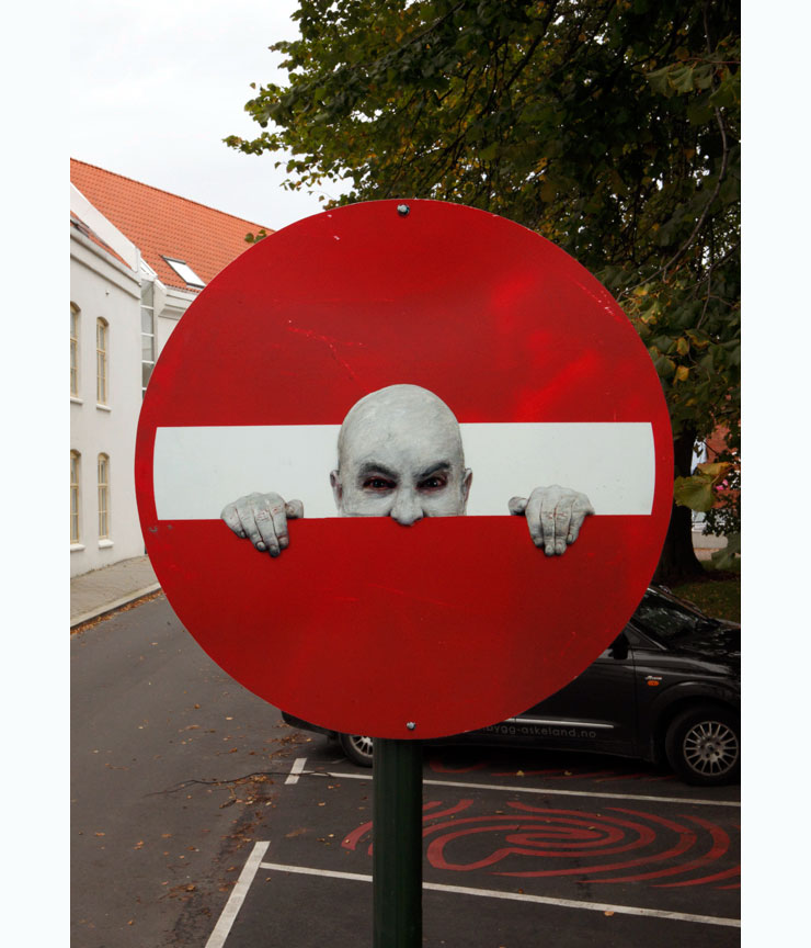 Brooklyn-Street-Art-copyright-Dan-Witz-king-baby-norway-sign-1-flat-copy