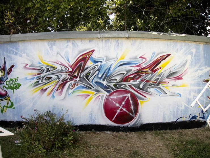 brooklyn-street-art-Chevri-specter-dushambe-Tajikistan-15-web