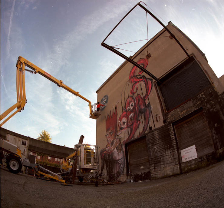 brooklyn-street-art-Herakut-Akut-nuart11-web-1