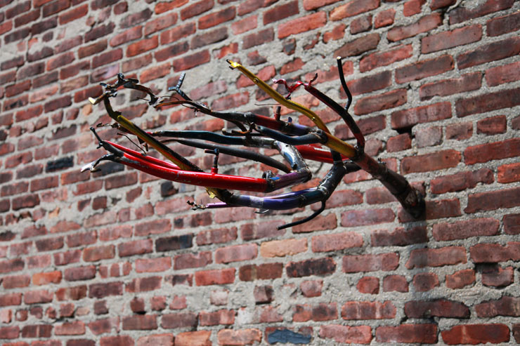 Art In Odd Places: The Crest Hardware Art Show