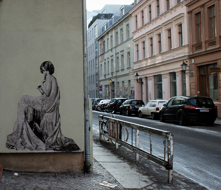 yz brings classical beauties to streets of berlin brooklyn street art. Black Bedroom Furniture Sets. Home Design Ideas