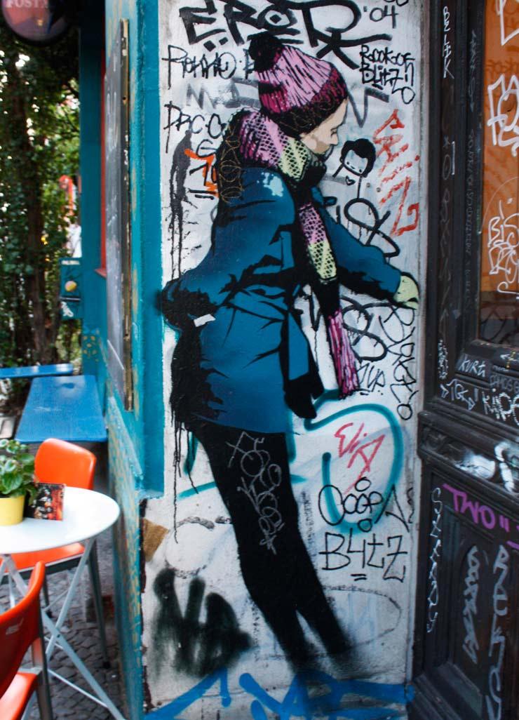 brooklyn-street-art-artist-unknown-blanco-berlin-08-25-13-web