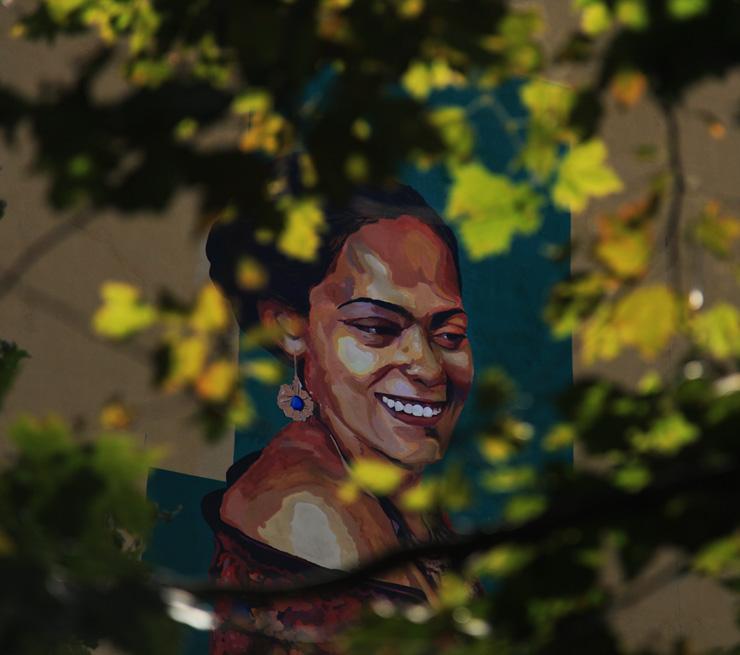 brooklyn-street-art-betsy-jaime-rojo-Los-Muros-hablan-09-13-web-2