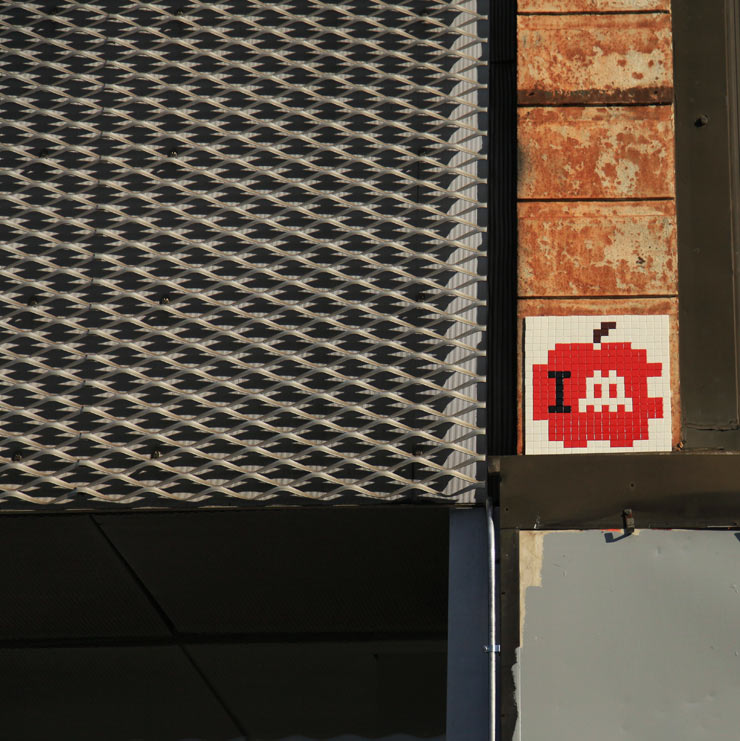 brooklyn-street-art-invader-jaime-rojo-11-13-web-1