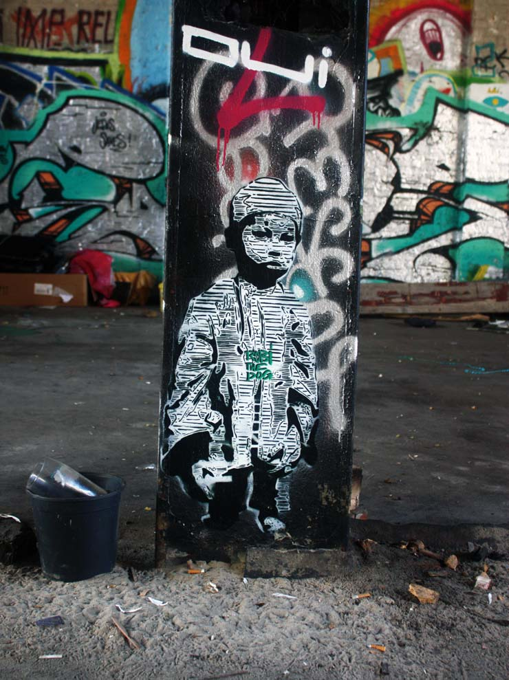 brooklyn-street-art-robi-the-dog-spencer-elzey-berlin-10-13-web
