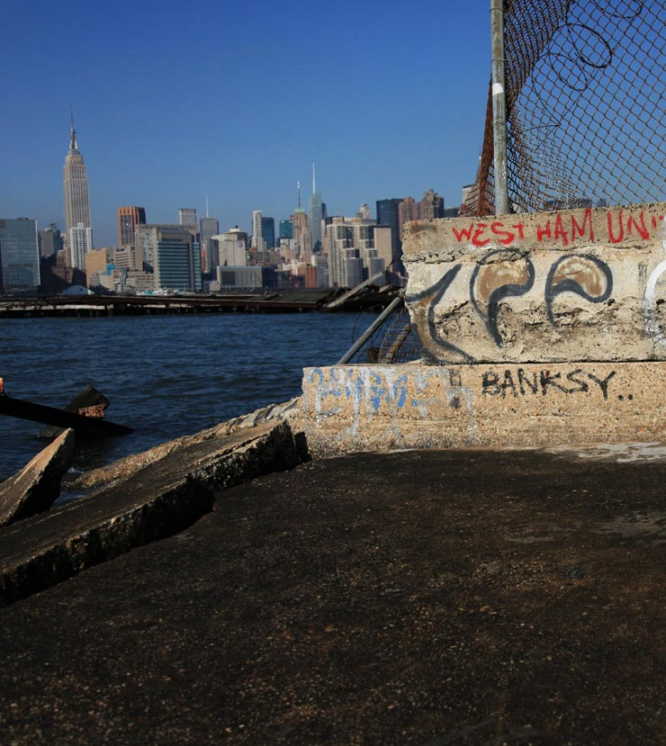 brooklyn-street-art-banksy-tag-jaime-rojo-01-19-14-web