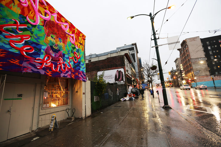 brooklyn-street-art-olek-01-05-14-web-2
