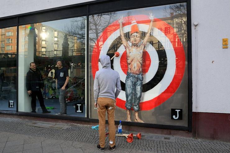 brooklyn-street-art-ernest-zacharevic-luna-park-projectm-berlin-03-14-web-1