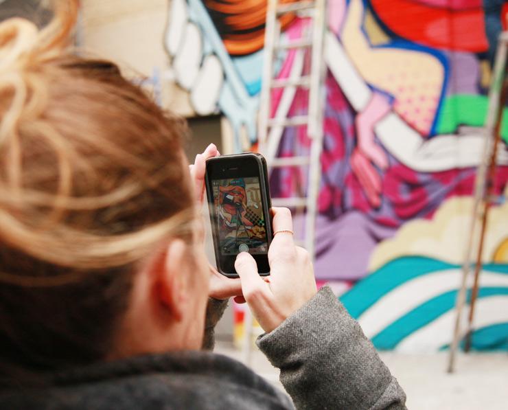 brooklyn-street-art-pose-jaime-rojo-03-14-web-6