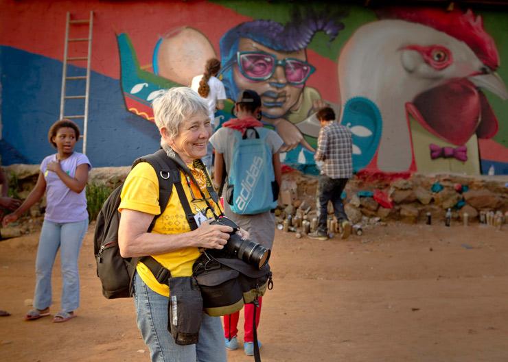 brooklyn-street-art-martha-cooper-rowan-pybus-makhulu-kliptown-soweto-04-13-web-1