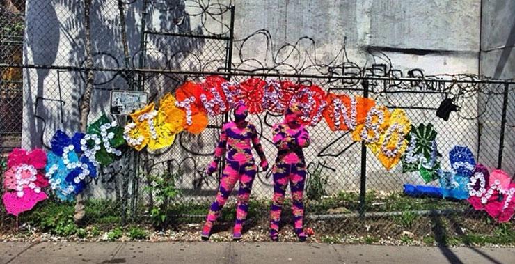 Brooklyn-Street-Art-OLEK-fence-Houston-Wall-Rainbow-May17-2014-740