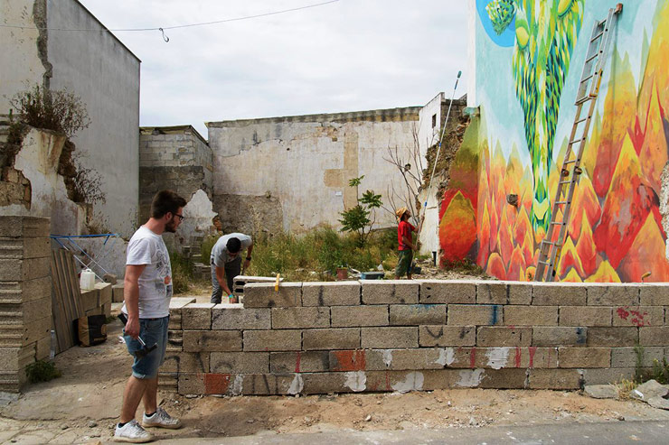 brooklyn-street-art-gola-Matteo Bandiello-Viavai-Project-Racale-italy-07-14-web-2