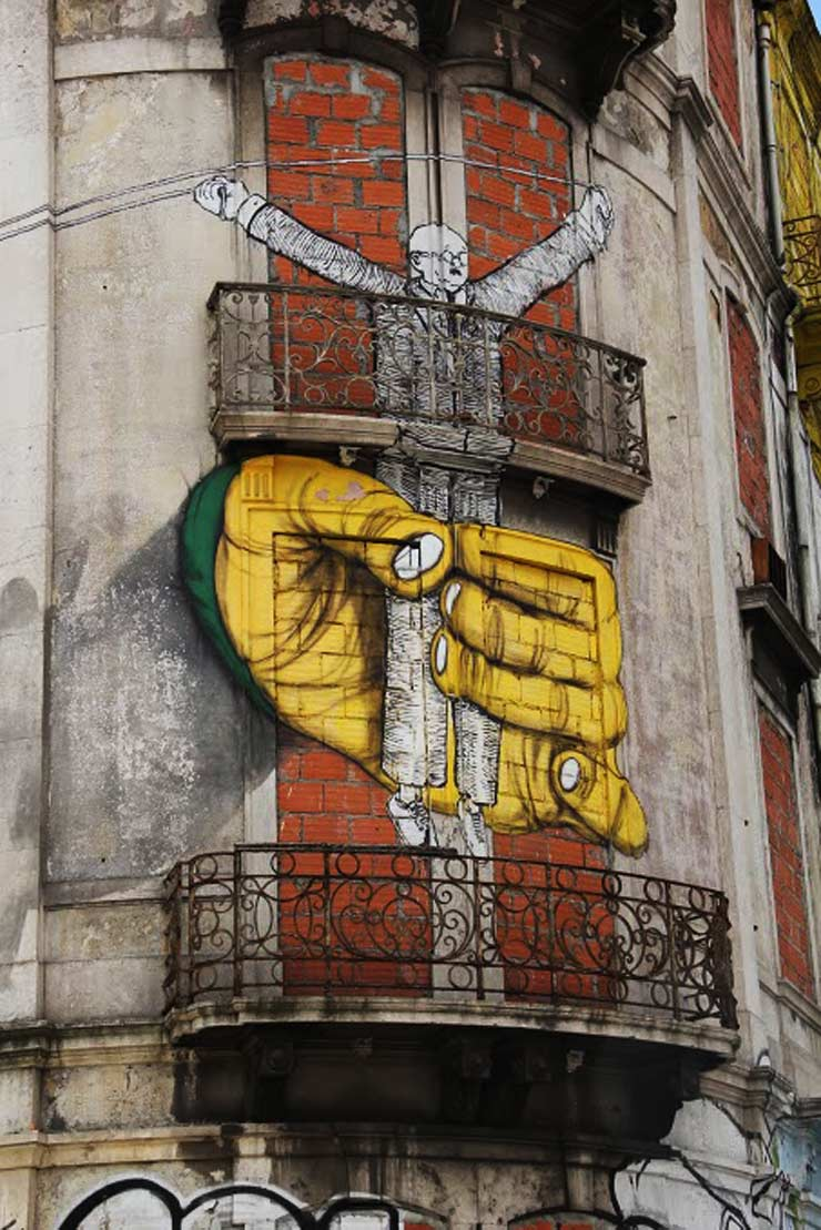 brooklyn-street-art-os-gemeos-blu-stephen-kelley-lisbon-04-14-web--2