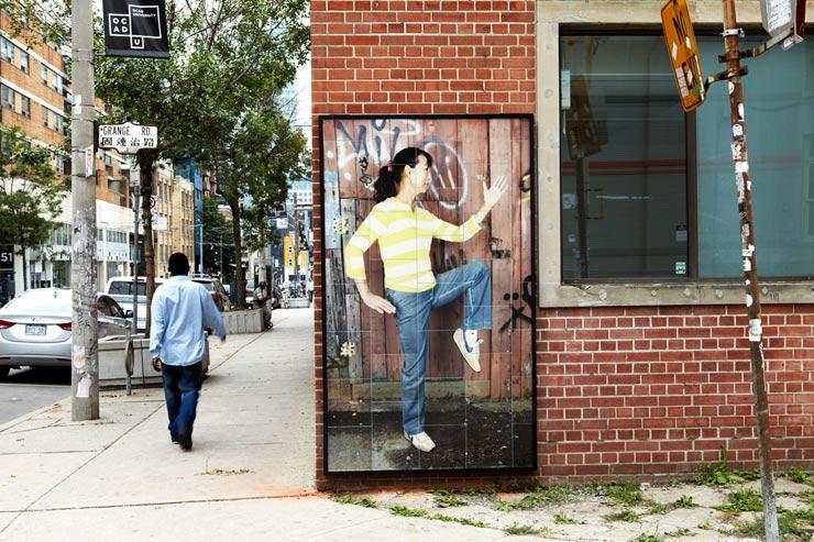 brooklyn-street-art-dan-bergeron-faux-reel-toronto-08-14-10-web