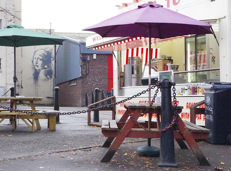 Brooklyn-Street-Art-Banksy-Girl-Pearl-Earring-Cafe