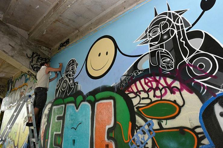 brooklyn-street-art-london-police-crash-luis-berros-martha-cooper-miami-marine-09-14-web-1