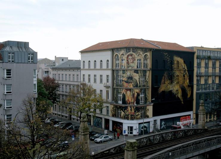 brooklyn-street-art-dal-east-henrik-haven-project-m-6-UN-berlin-10-14-web-4