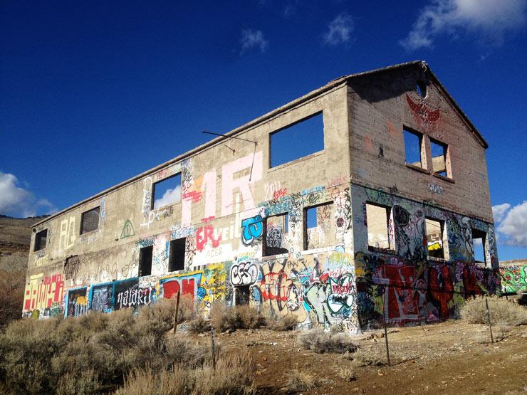 brooklyn-street-art-meryl-burke-american-Flats-reno-2014-web-3