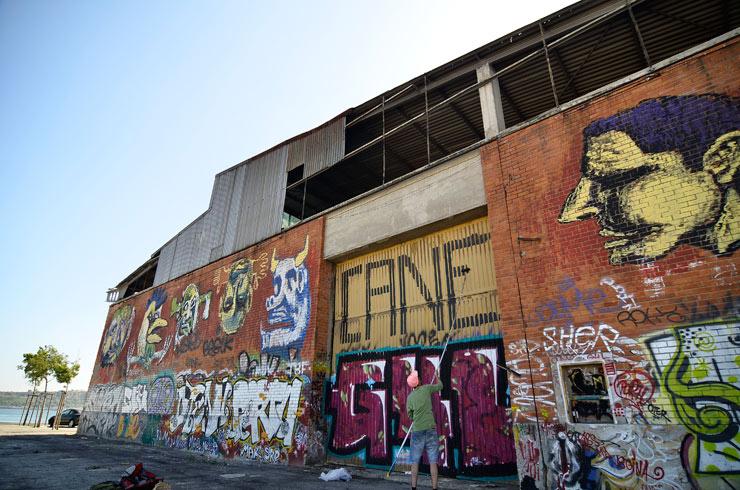 brooklyn-street-art-cane-morto-el-pacino-Tanguy-Bombonera-lisbon-portugal-web-3