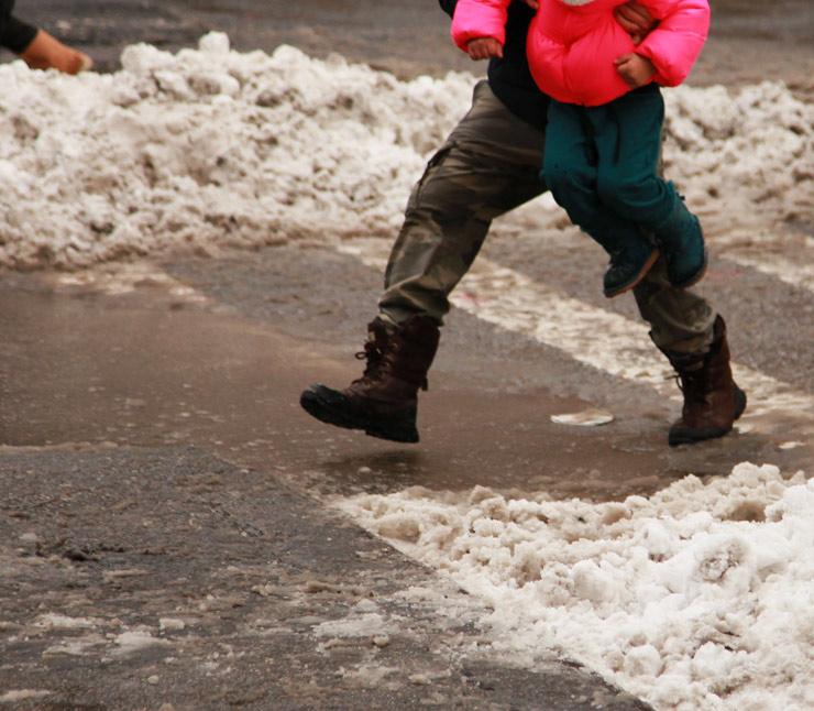 brooklyn-street-art-jaime-rojo-juno-snowstorm-01-15-web-5