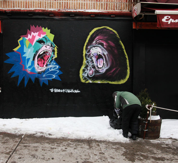 brooklyn-street-art-neon-king-kong-jaime-rojo-02-01-15-web