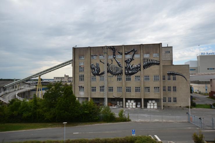 brooklyn-street-art-roa-Bromolla-2014-web