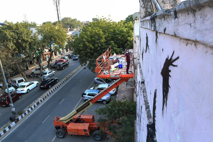 brooklyn-street-art-DALEast_pranav-mehta-new-delhi-street-art-india-02-15-web-1
