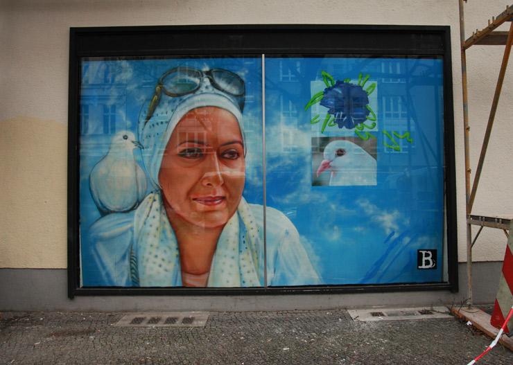 brooklyn-street-art-gaia-jaime-rojo-un-pm7-berlin-03-15-web-4