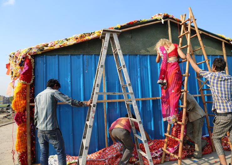 brooklyn-street-art-olek-new-delhi-street-art-india-03-15-web-13