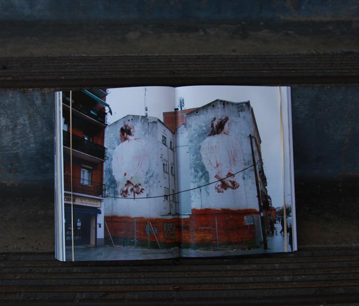 brooklyn-street-art-borondo-memento-mori-jaime-rojo-04-15-web-9