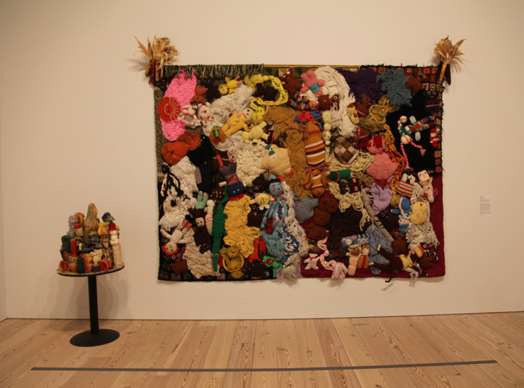 brooklyn-street-art-mike-kelly-whitney-museum-jaime-rojo-05-15-web