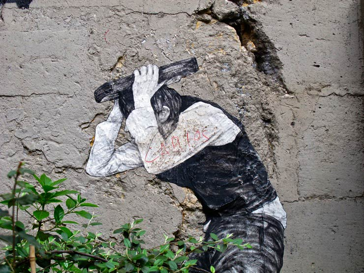 brooklyn-street-art-levalet-sandra-hoj-paris-05-15-web-1