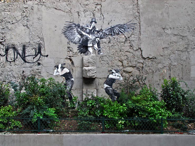 brooklyn-street-art-levalet-sandra-hoj-paris-05-15-web-2