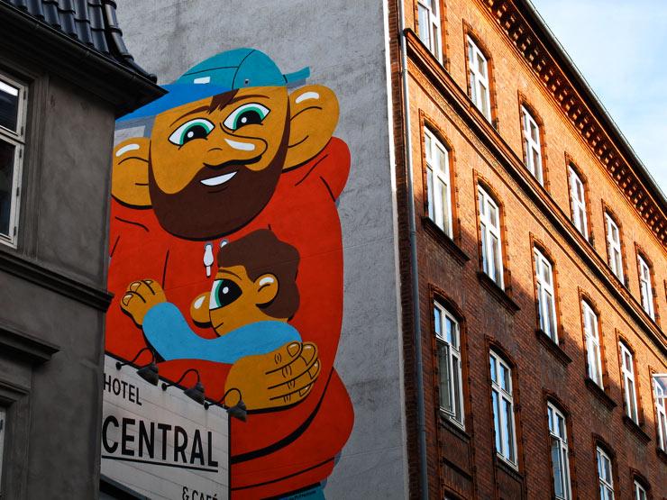 brooklyn-street-art-HuskMitNavn-sandra-hoj-surface-soren-solkaer-06-15-web