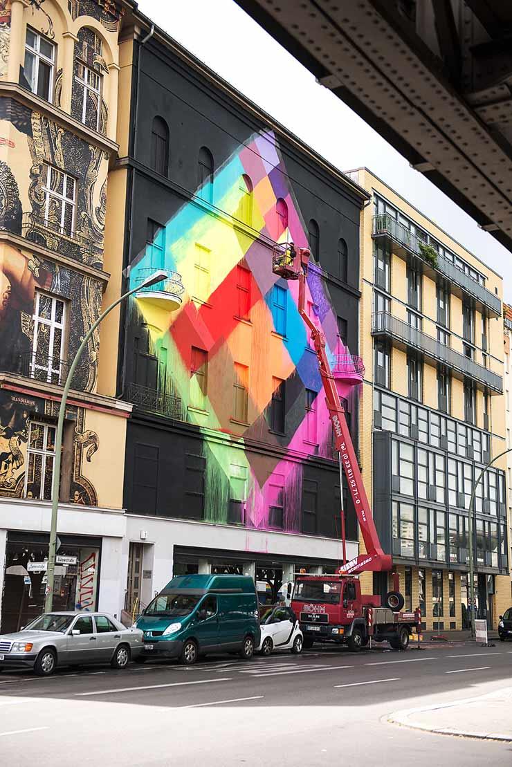 brooklyn-street-art-maya-hayuk-nika-kramer-un-pm8-stolen-space-06-15-web-1